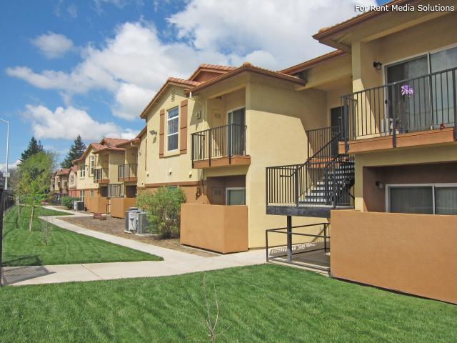 River Walk Villas Apartments - When location is what you're looking for